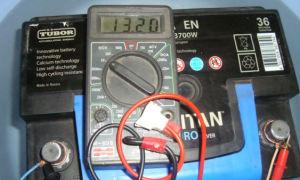 Какое должно быть напряжение автомобильного аккумулятора, советы бывалых